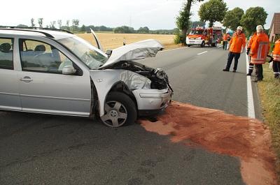 Schwerverletzte bei Verkehrsunfall auf der B 215