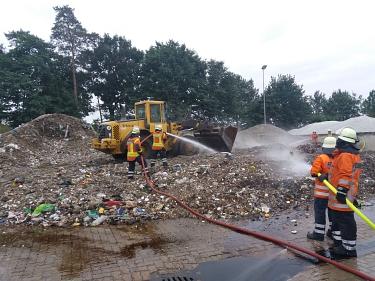 Leeseringen_20180613_Abfallbrand_3©Jan Habermann, Feuerwehrpressesprecher SG Mittelweser