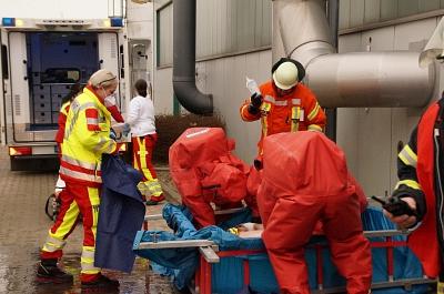 Arbeiter bei Gefahrgutunfall verletzt