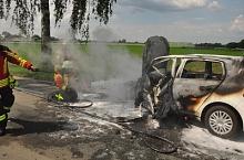 Pkw brennt Rodewald 20160603_01