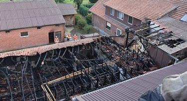Stall Bohnhorst_1©Ralf Tiedmeann, Feuerwehrpresseteam SG Uchte
