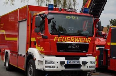 Übergabe Fahrzeuge 20160429_05©Uwe Schiebe, Kreispressewart-Nord